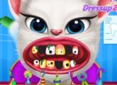 لعبة القطة الناطقة انجيلا عند الدكتور